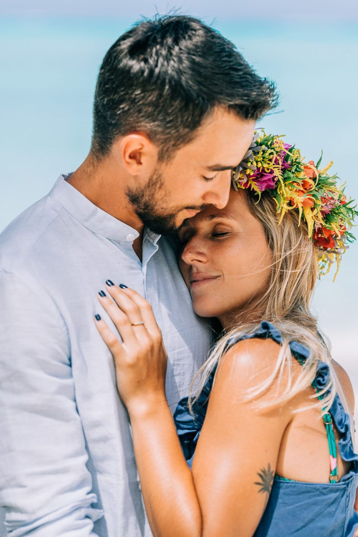 Bora Bora Honeymoon & Couple Photographer | Sasha Popovic VILLA REA HANAA