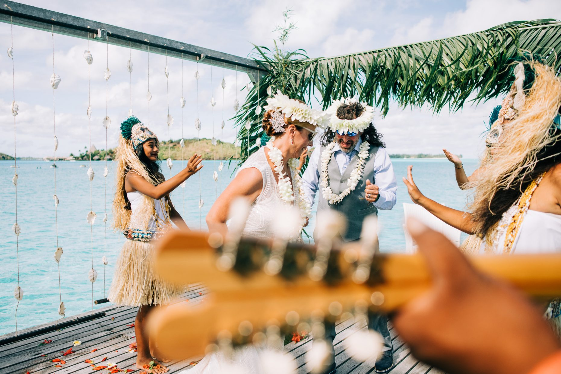 WEDDING PHOTOGRAPHY IN BORA Bora