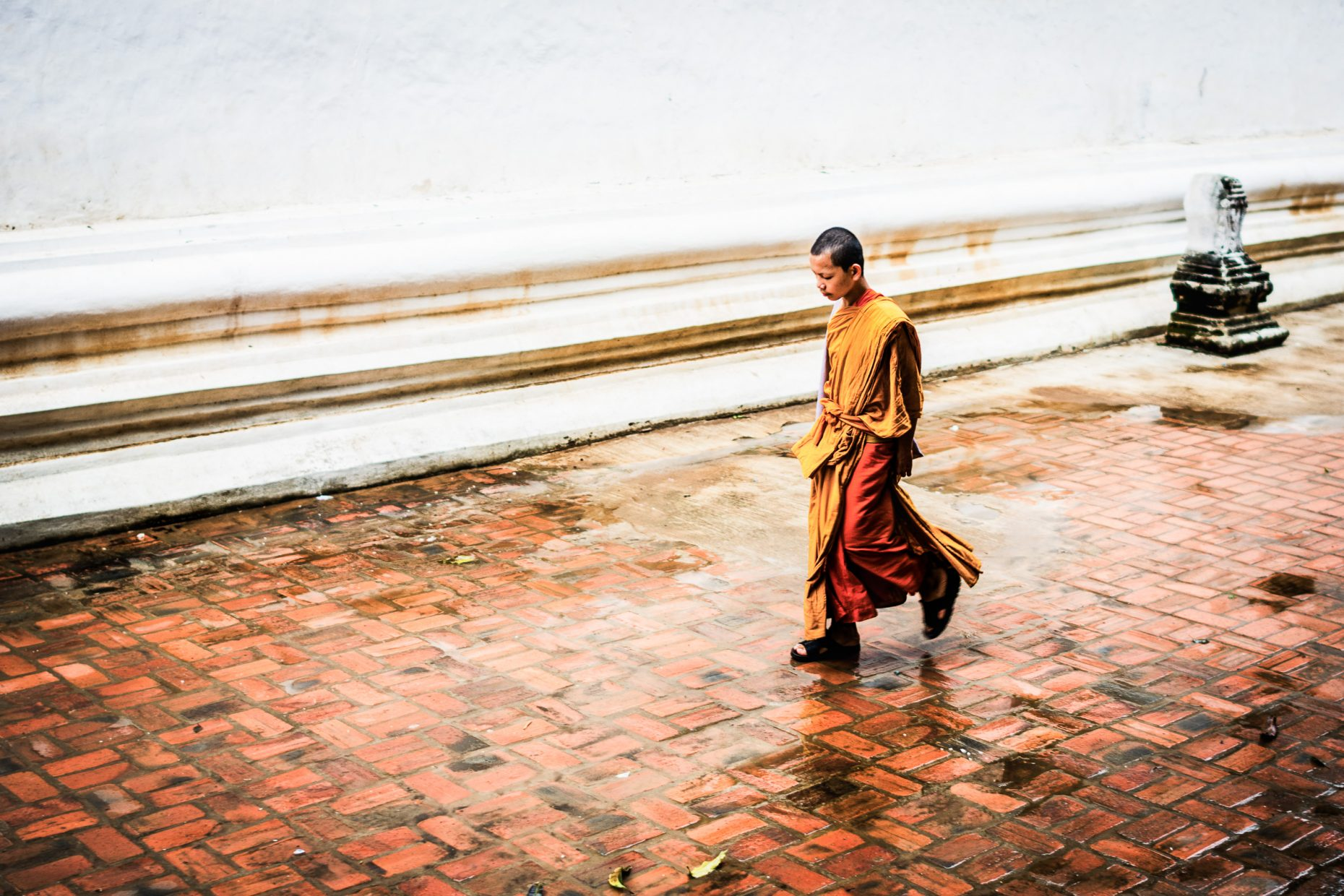 Monks going back to classrum.